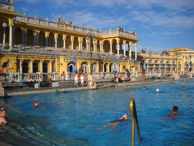 Bagni Termali Gellert : Terme di budapest